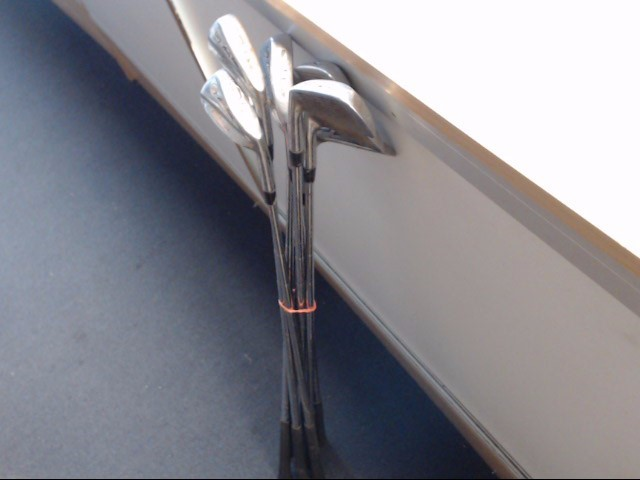 WILSON Golf Accessory OVERSIZE IRONS