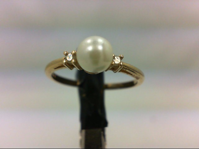 Pearl Lady's Stone & Diamond Ring 2 Diamonds 0.02 Carat T.W. 14K Yellow Gold 1.5