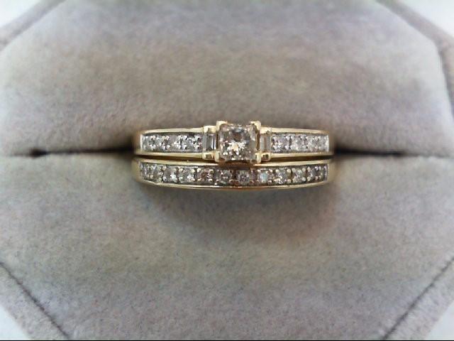Lady's Diamond Wedding Set 23 Diamonds 0.37 Carat T.W. 14K Yellow Gold 4.2g