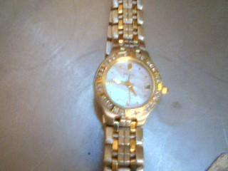 CITIZEN Lady's Wristwatch ECO DRIVE E011