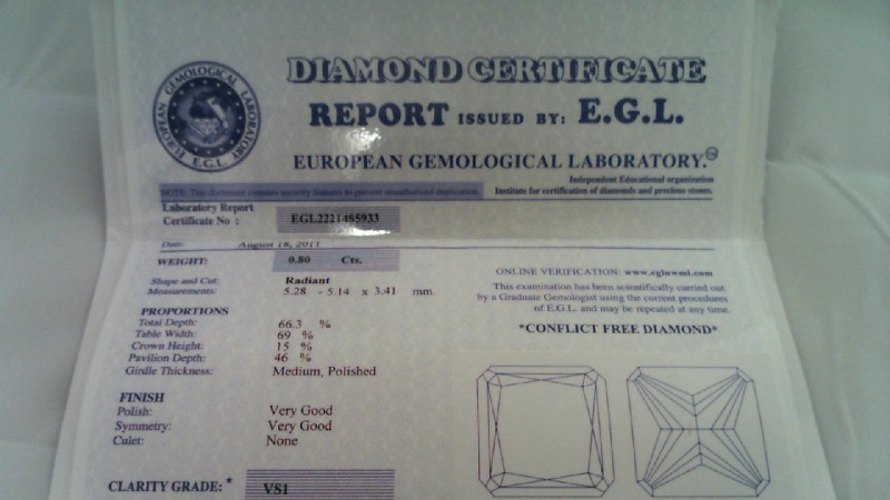 E.G.L CERTIFIED LADY'S ENGAGEMENT DIAMOND RING