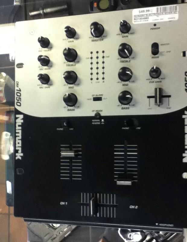 NUMARK ELECTRONICS Mixer M2