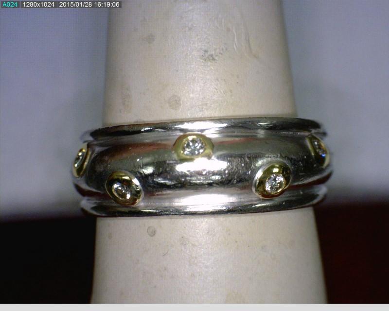 Gent's Platinum-Diamond Fashion 5 Diamonds .10 Carat T.W. 950 Platinum 9.12dwt