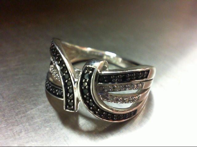 Lady's Silver-Diamond Ring 24 Diamonds .120 Carat T.W. 925 Silver 5.1g