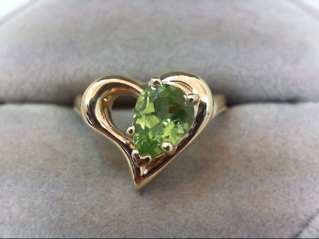 Peridot Lady's Stone Ring 14K Yellow Gold 4.3g