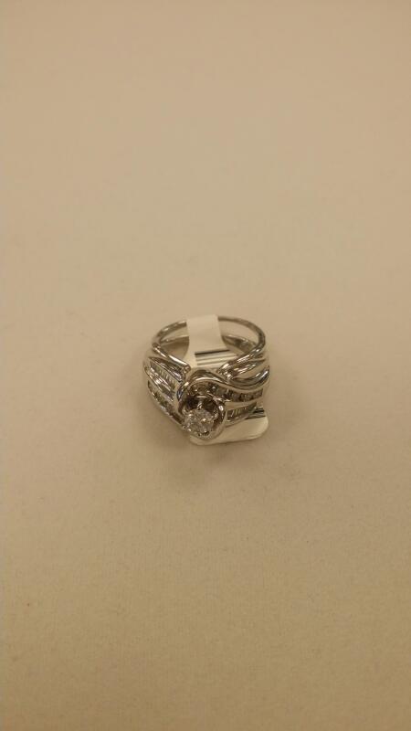 Lady's Diamond Cluster Ring 21 Diamonds 1.13 Carat T.W. 14K White Gold 7.9g