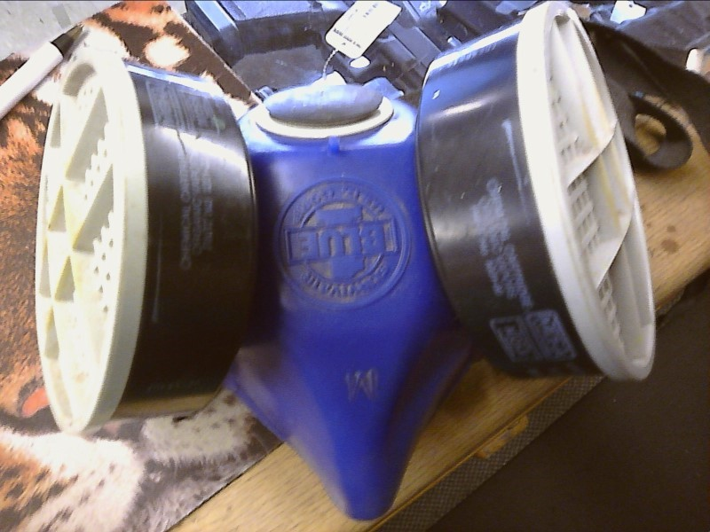 Hand Tool BLUE GAS MASK
