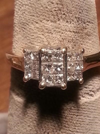 Lady's Diamond Fashion Ring 18 Diamonds .72 Carat T.W. 14K Yellow Gold 1.9dwt