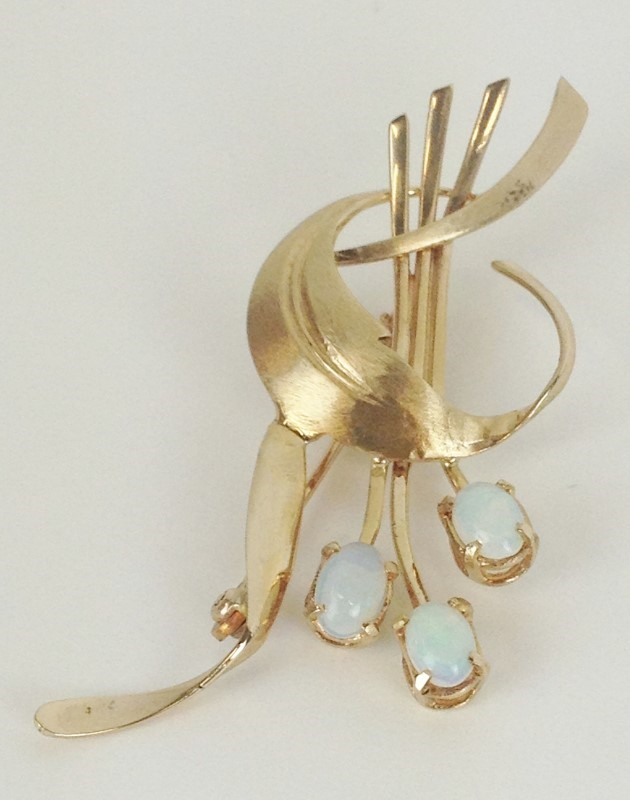 Antique Opal  Brooch 14K Yellow Gold 5.33g Vintage Circa 1960's