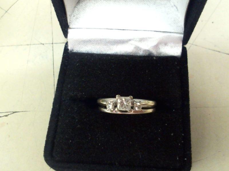 Lady's Diamond Wedding Set 3 Diamonds .35 Carat T.W. 14K White Gold 4g