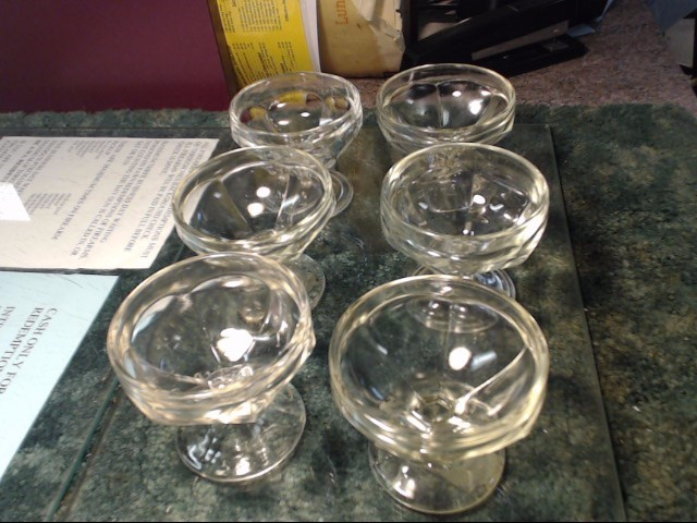 GLASS DESERT CUPS 6PC SET