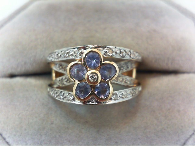 Lady's Diamond Fashion Ring 26 Diamonds .26 Carat T.W. 14K Yellow Gold 5.9g