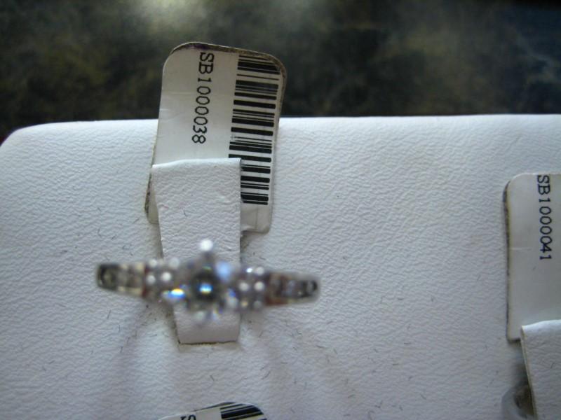 Lady's Diamond Engagement Ring 0.01 CT. 14K White Gold 3g