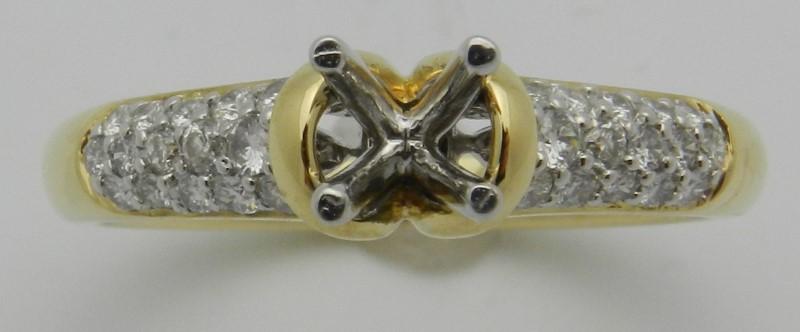 Lady's Diamond Engagement Ring 27 Diamonds .27 Carat T.W. 18K Yellow Gold 4.2g