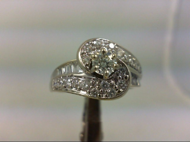 Lady's Diamond Engagement Ring 31 Diamonds 1.05 Carat T.W. 14K White Gold 7.11g