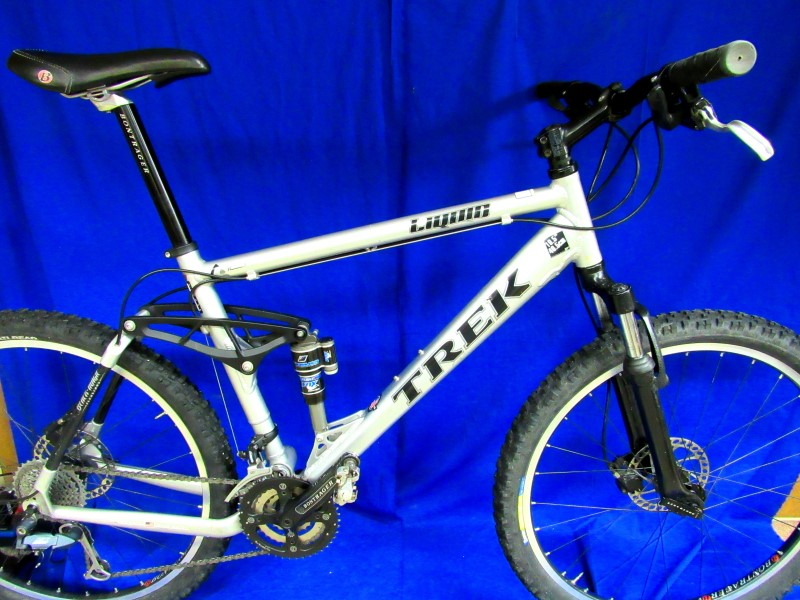 TREK LIQUID 55 MOUNTAIN BIKE