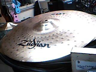 "ZILDJIAN Cymbal ZBT CRASH 16""/40CM"