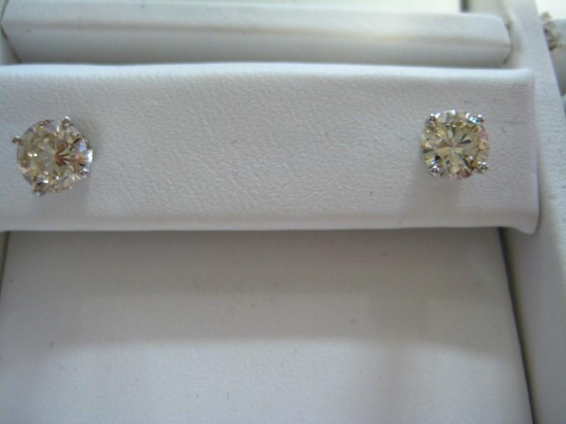 Gold Earrings 14K White Gold 1.1g