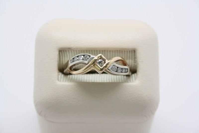 LADY'S 2 TONE FASHION STYLE DIAMOND RING 14K GOLD