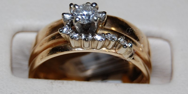 14K Yellow Gold Lady's Diamond Cluster Ring 5.5G 0.47CTW Size 7.5