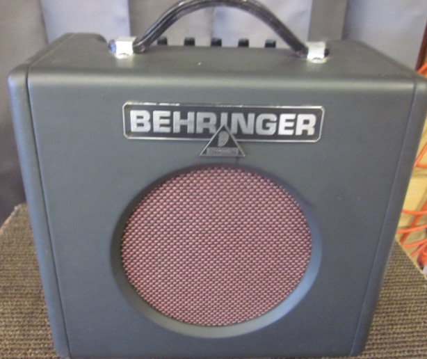 BEHRINGER GUITAR AMP GX108 FIREBIRD