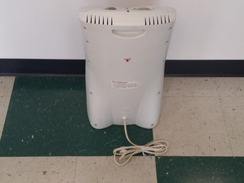 HOLMES PORTABLE TOWER HEATER HQH307