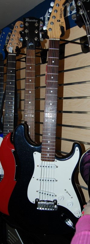 G&L LEGACY USA Electric Guitar