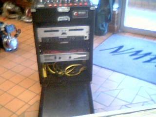 AMERICAN AUDIO Amplifier V2000 PLUS