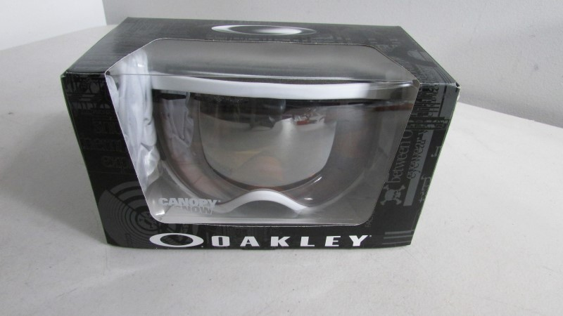 OAKLEY Outdoor Sports CANOPY