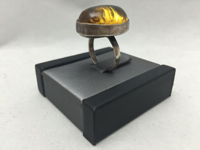 Synthetic Amber Lady's Silver & Stone Ring 925 Silver 5.4dwt Size:6.5