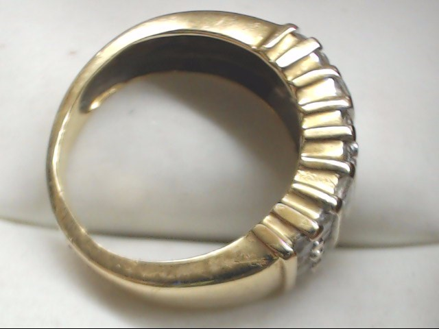 Lady's Diamond Fashion Ring 32 Diamonds 1.04 Carat T.W. 10K Yellow Gold 4.1g