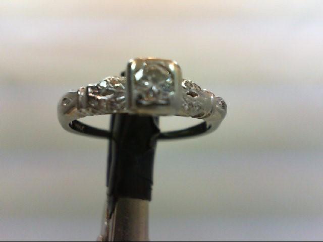 Lady's Diamond Engagement Ring 11 Diamonds 0.25 Carat T.W. 18K White Gold 2.5g