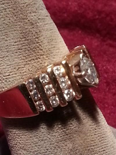 Lady's Diamond Solitaire Ring 19 Diamonds 1.30 Carat T.W. 14K Yellow Gold 5dwt