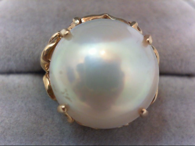 Lady's Gold Ring 14K Yellow Gold 6.3g