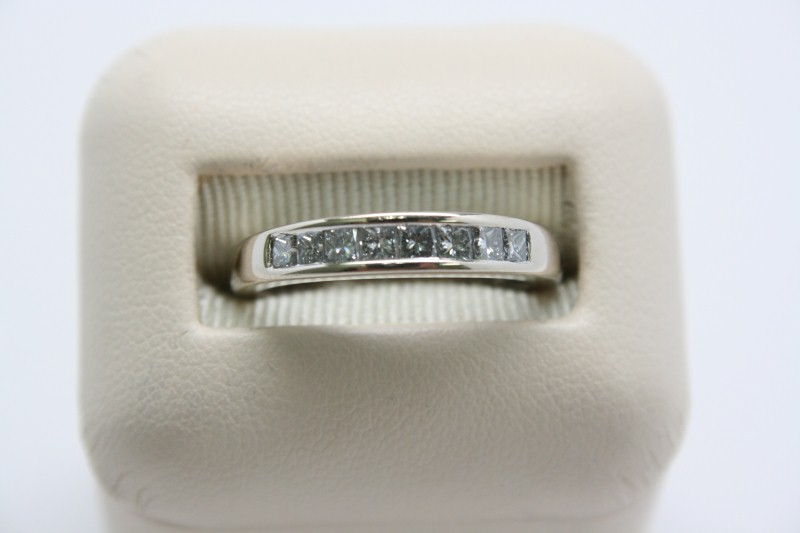 LADY'S PRINCESS CUT DIAMOND BAND 14K WHITE GOLD