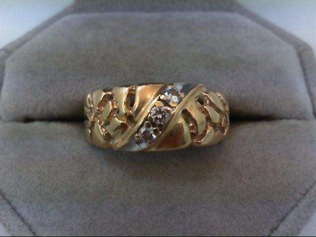 Lady's Diamond Wedding Band 3 Diamonds .21 Carat T.W. 14K Yellow Gold 5.8g