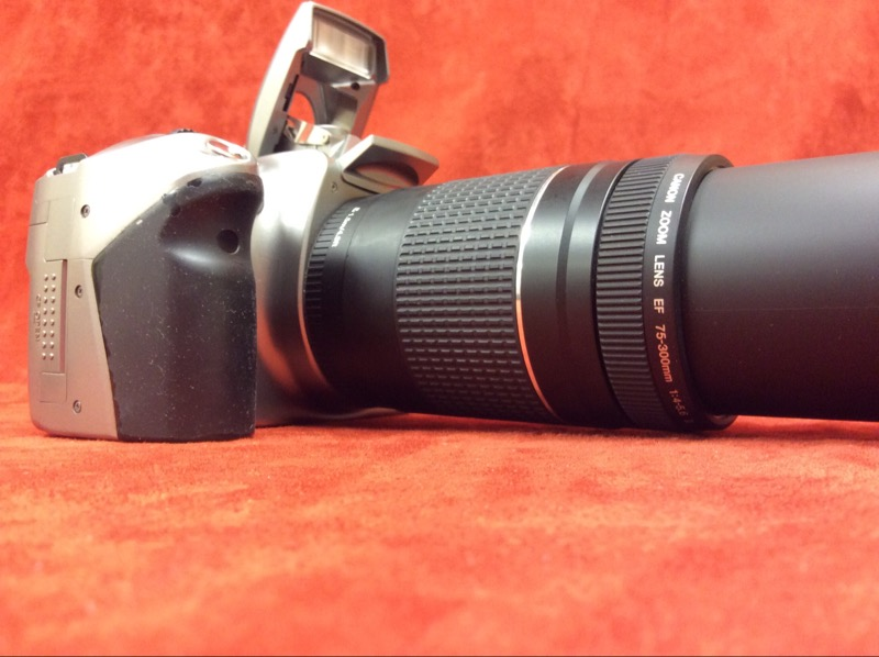 Canon Eos Digital Rebel Ds6041 With Canon Zoom Lens Ef 75
