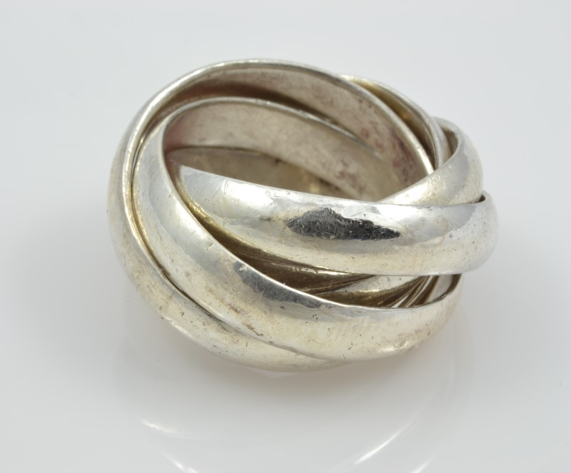 RING JEWELRY , 21.90 GRAMS; SILV