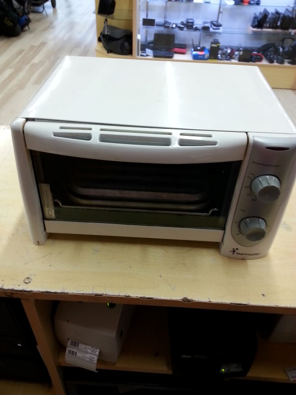 TOASTMASTER Microwave/Convection Oven DOUBLE BURNER