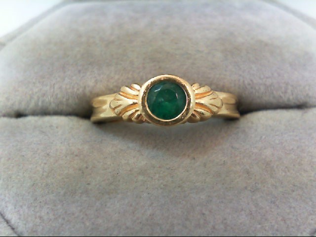 Emerald Lady's Stone Ring 14K Yellow Gold 4.4g