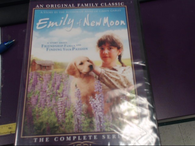 DVD BOX SET DVD EMILY OF NEW MOON THE COMPLETE SERIES