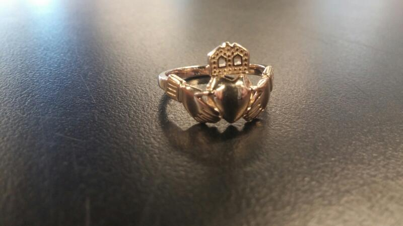 LDS 14KT Lady's CLADDAGH Gold RING 14K Yellow Gold 2.1dwt Size:7