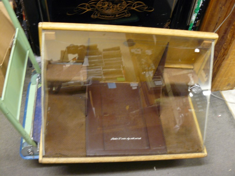 """Vintage Parker """"51"""" Writes Dry with Wet Ink Glass Display Case, Key, 32""""x21""""x20"""""""