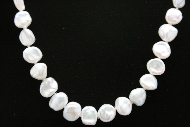 "BAROQUE PEARL NECKLACE 17"" WITH 14K YELLOW GOLD CLASP"