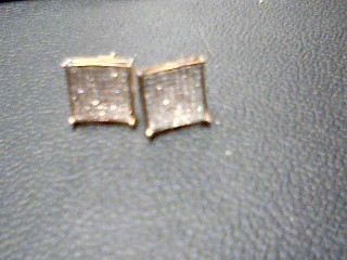 Gold-Diamond Earrings 25 Diamonds .25 Carat T.W. 10K Yellow Gold 1.7g