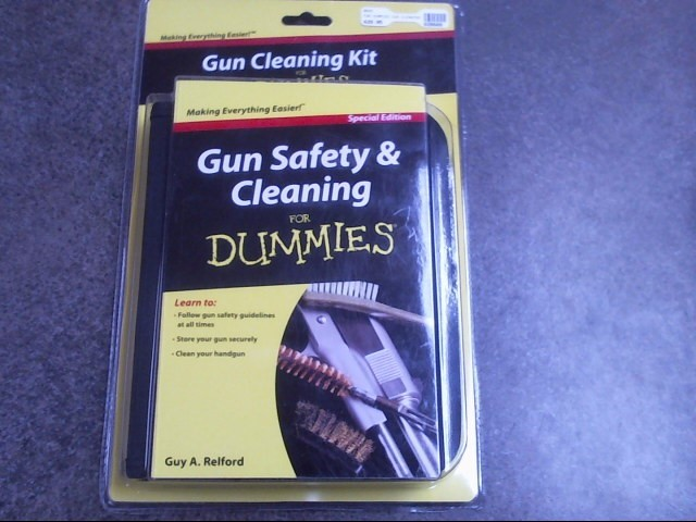 GUNMASTER UNIVERSAL CLEANING KIT Non-Fiction Book