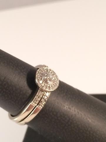 Lady's Diamond Wedding Set 21 Diamonds .31 Carat T.W. 10K White Gold 3g Size:7
