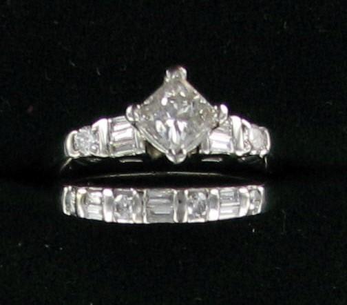 Platinum-Diamond Wedding Set 7 Diamonds 1.30 Carat T.W. 950 Platinum 5.8dwt