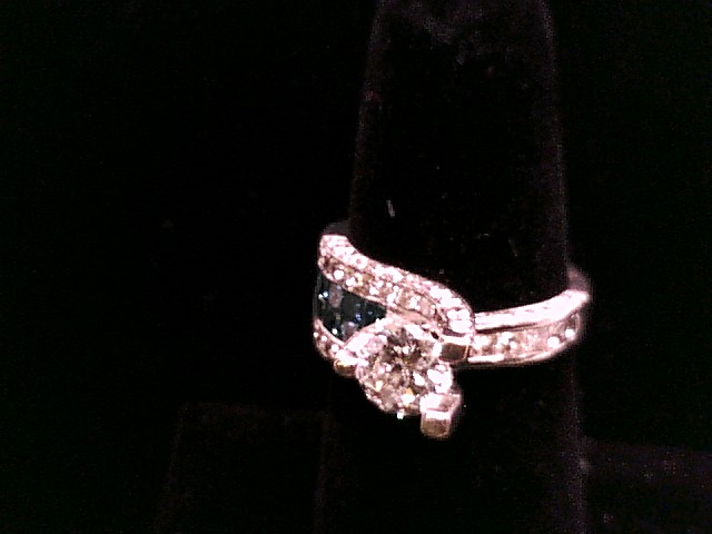 Lady's Diamond Solitaire Ring 7 Diamonds 1.22 Carat T.W. 14K White Gold 6.8g