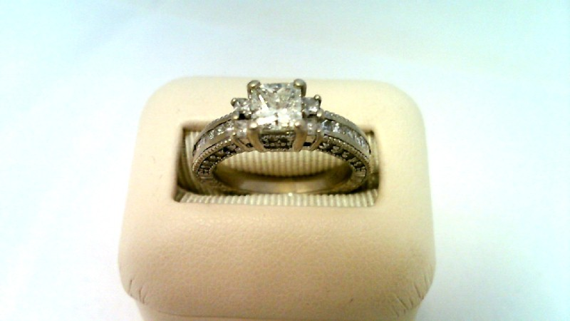 LADY'S PRINCESS CUT FASHION DIAMOND RING